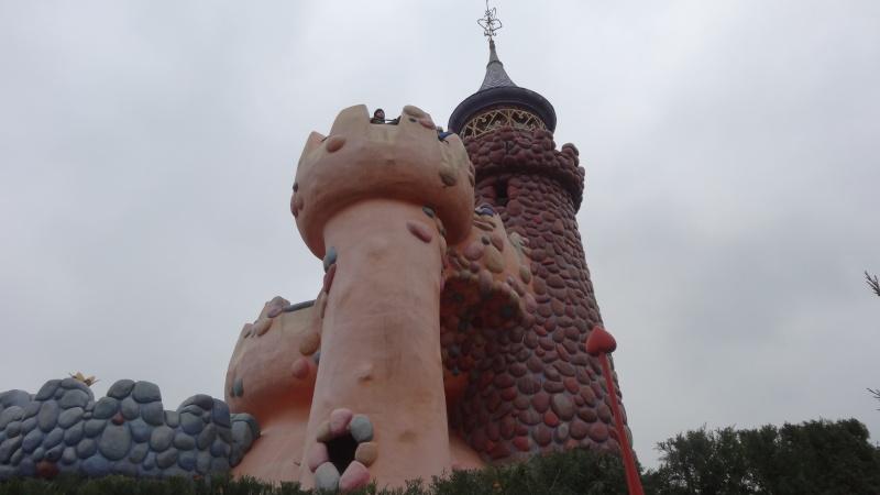 10 belges lâchés à Disneyland ! - Page 5 Dsc01622