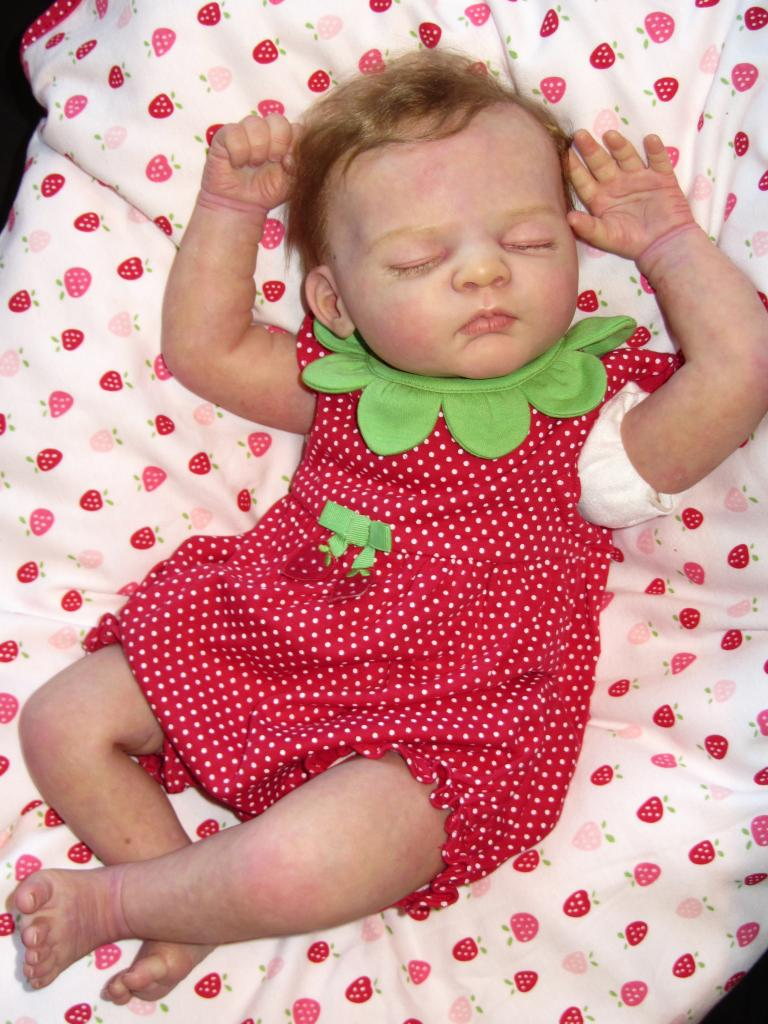 Advanced Newborn Contest Entries Babyd110
