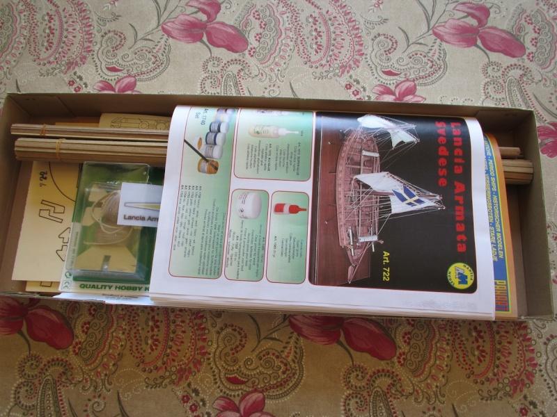 Présentation du kit LANCIA ARMATA SVEDESE 1/35 de MANTUA Img_1014