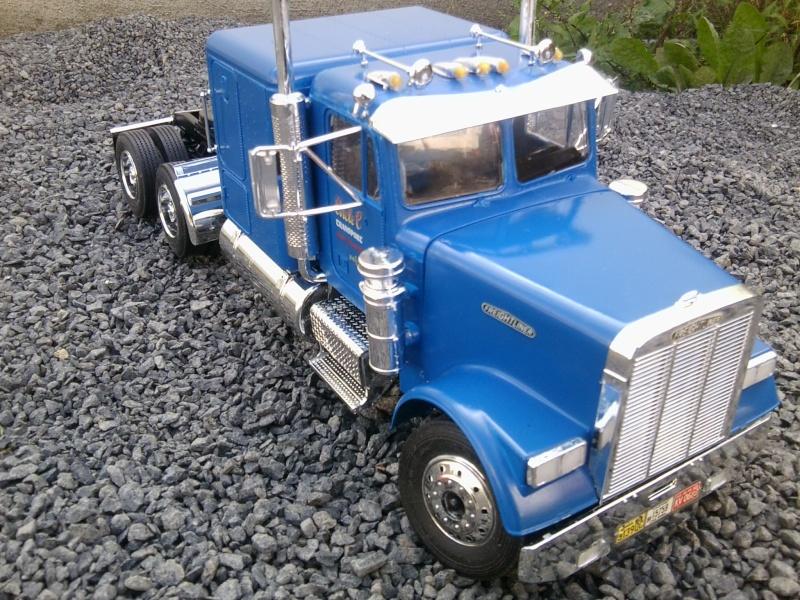 Freightliner Conventional von Revell. Foto0116