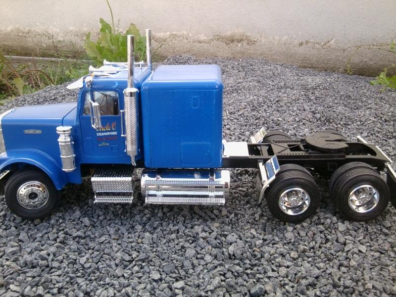 Freightliner Conventional von Revell. Foto0118