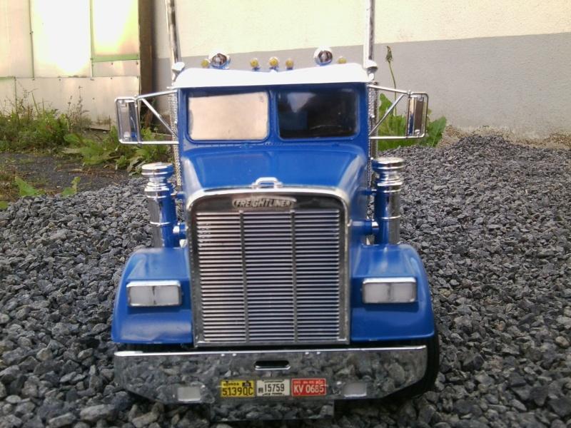 Freightliner Conventional von Revell. Foto0120