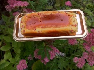 Essaye ma recette n° 1 Cake au jambon et fromage ail et fines herbes 01210