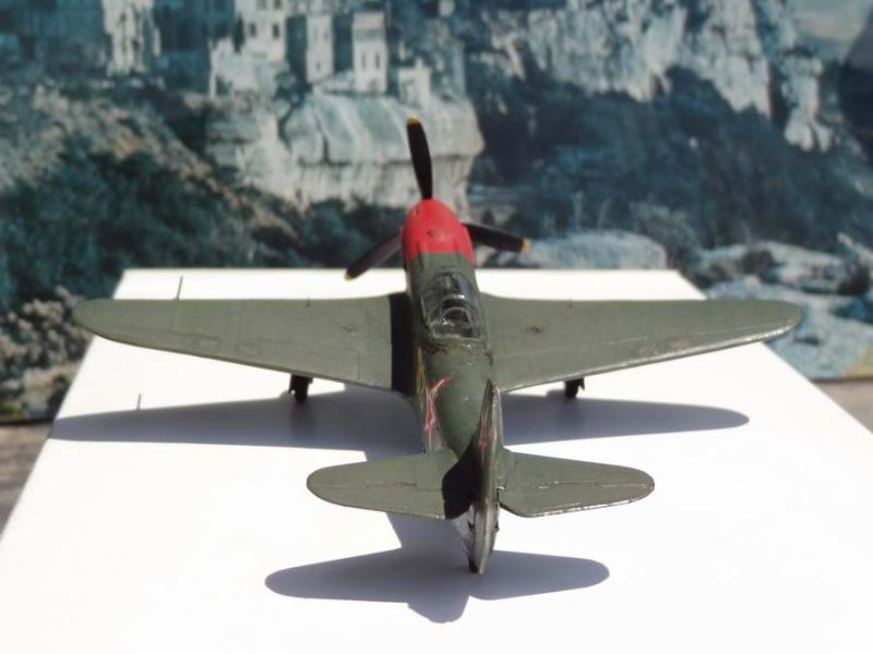 YAK-3 VK107A  marque A-MODEL - Page 2 18_yak13