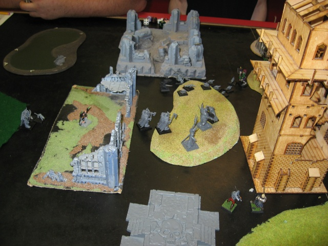 dark - Dark Elf Incursion: Defense of Marienburg! - Page 2 Img_1531