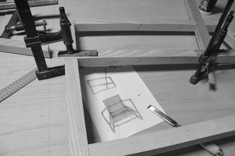 fauteuil simple (début dans la menuiserie) Img_9816