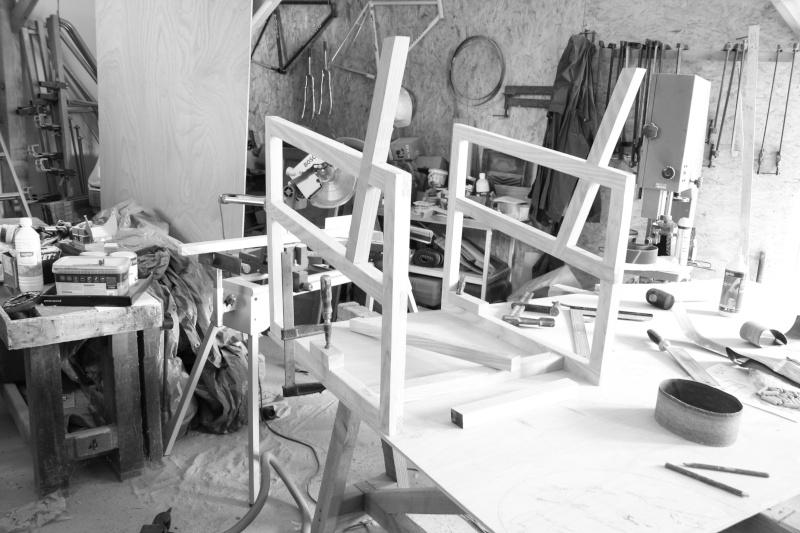 fauteuil simple (début dans la menuiserie) Img_9817
