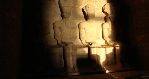 تعامد الشمس في معبد أبو سمبل  Nary2013