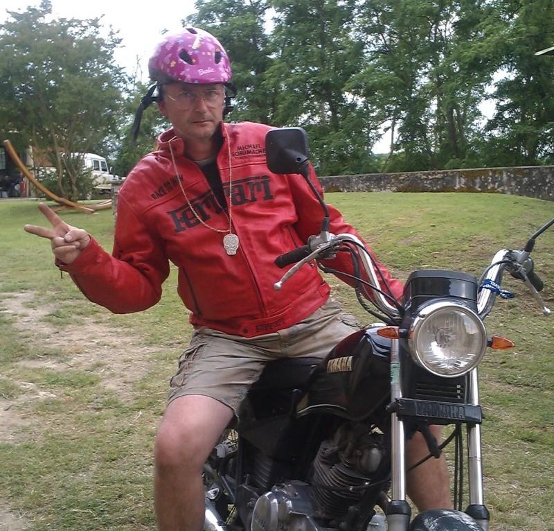 Première moto a 50 piges , 35 ans que j'attendais ! Truc_d10
