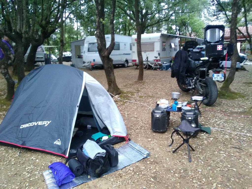 Partir en camping avec Givi Trekker outback Img_2013