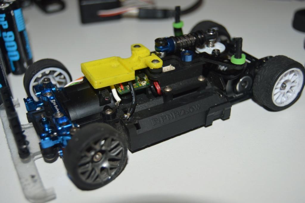 Lot Mr03 Ve Pro, chargeur, accus, pièces, pneus.. Dsc_0114