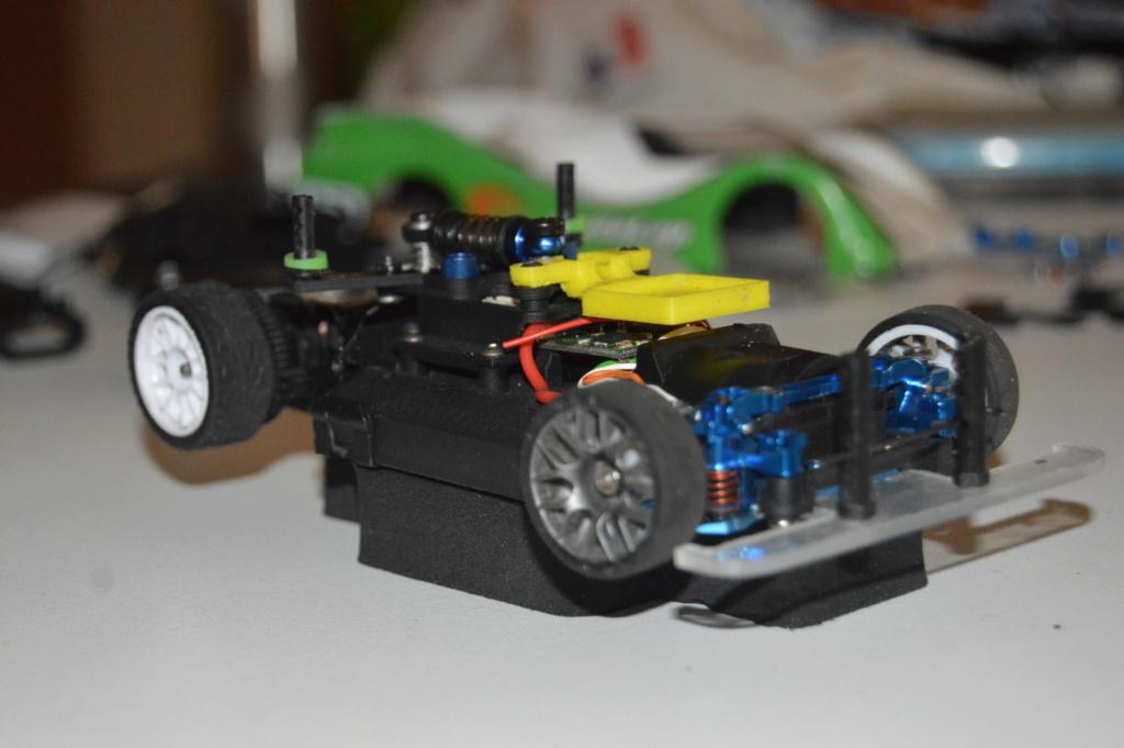Lot Mr03 Ve Pro, chargeur, accus, pièces, pneus.. Dsc_0116