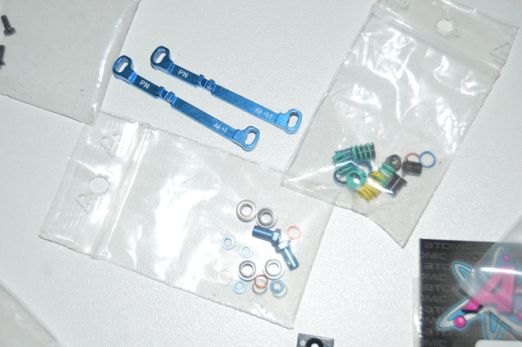 Lot Mr03 Ve Pro, chargeur, accus, pièces, pneus.. Dsc_0122