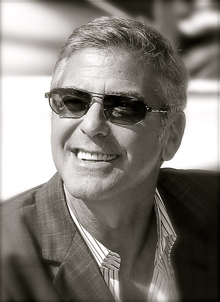 George Clooney George Clooney George Clooney! - Page 13 George11