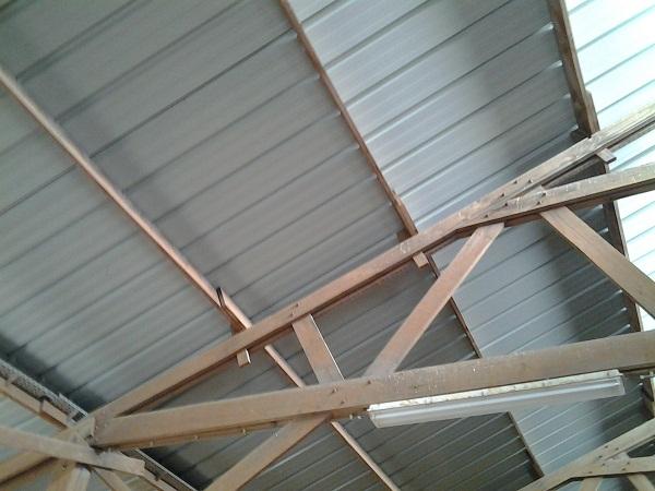 Condensation sur tôles de toiture - que faire ? Toit0510