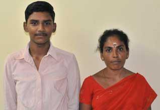 எம் புள்ளைய படிக்கவையுங்கய்யா... Tamil_11