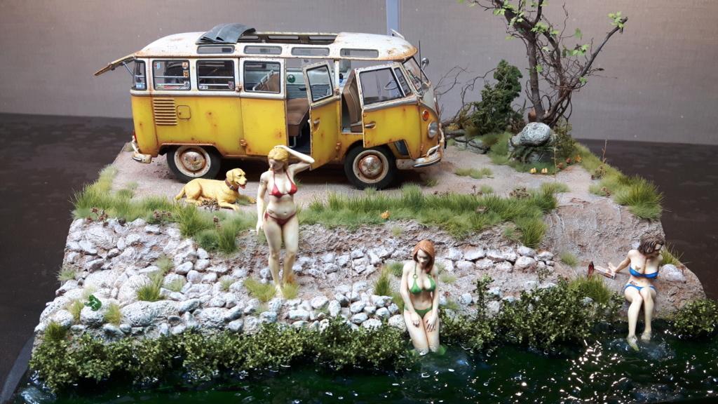 """Volkswagen T1 """"Samba Bus"""" revell 1/24 diorama 20190913"""