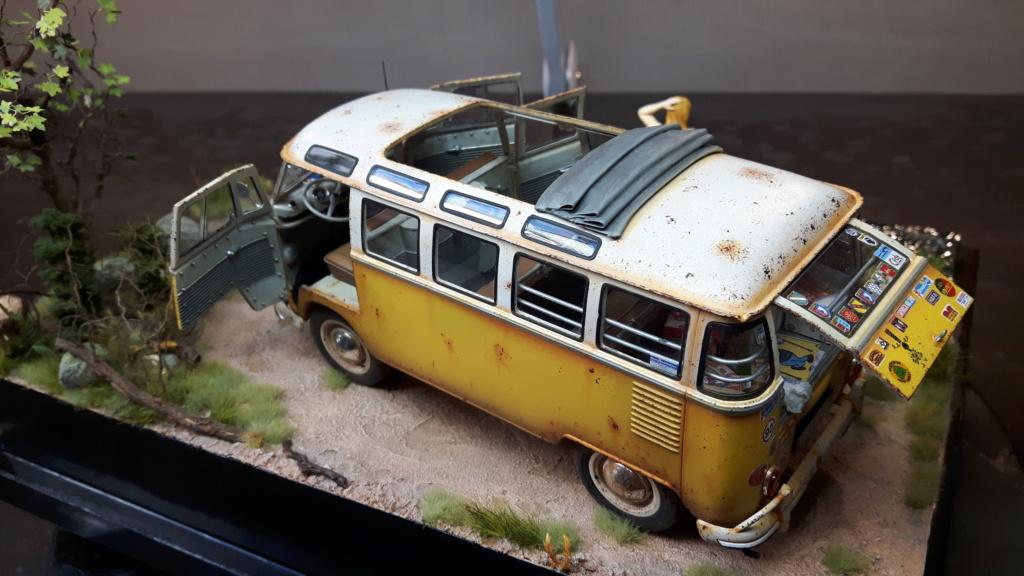 """Volkswagen T1 """"Samba Bus"""" revell 1/24 diorama 20190924"""