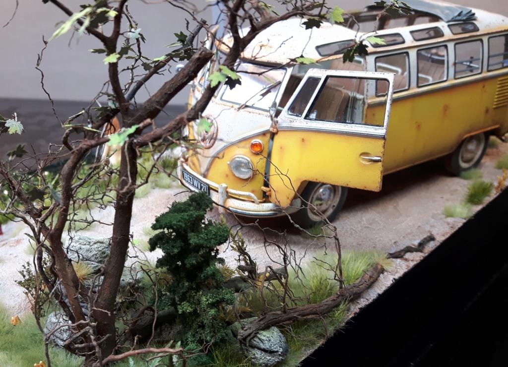 """Volkswagen T1 """"Samba Bus"""" revell 1/24 diorama 20190926"""