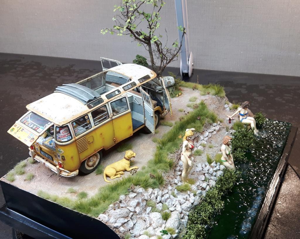 """Volkswagen T1 """"Samba Bus"""" revell 1/24 diorama 20190930"""