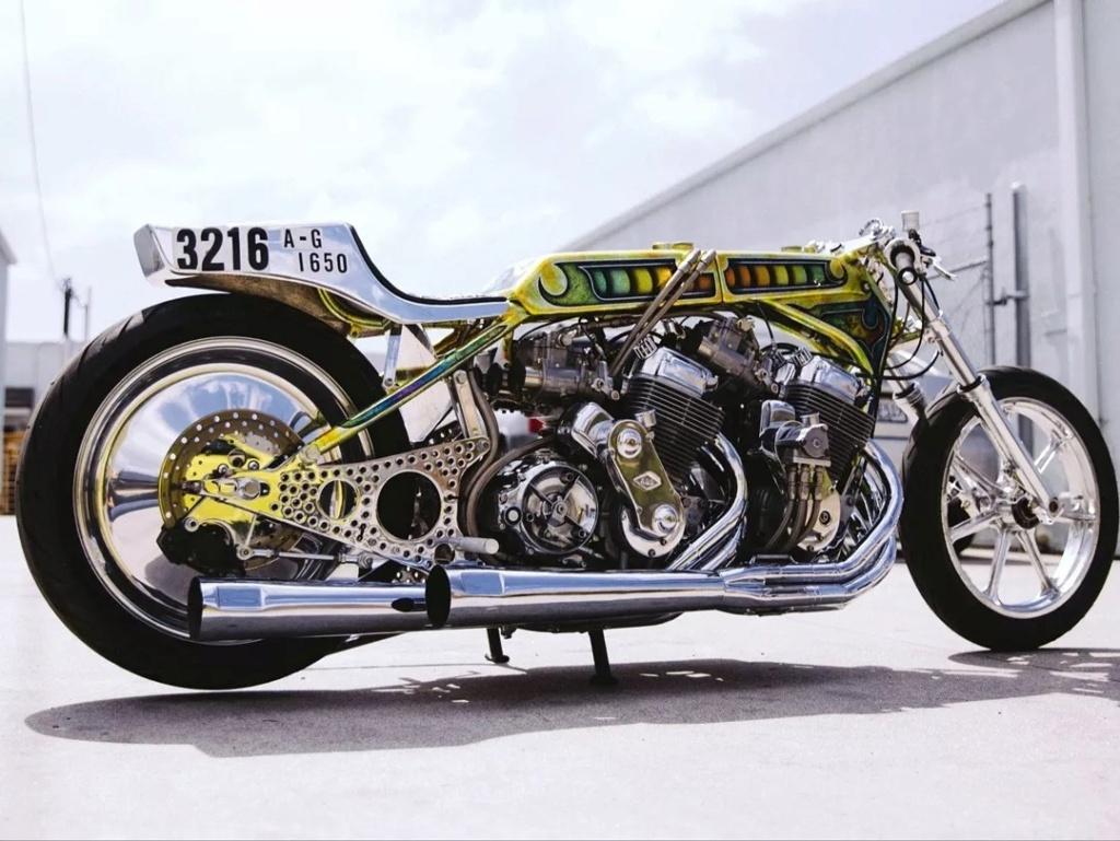 PHOTOS - moto passion  Urlht196