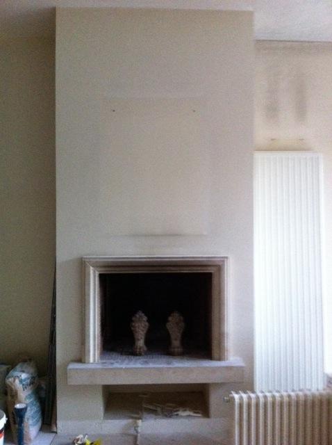 Mur de cheminée en béton ciré ou plaquette de briques Mur_ch12
