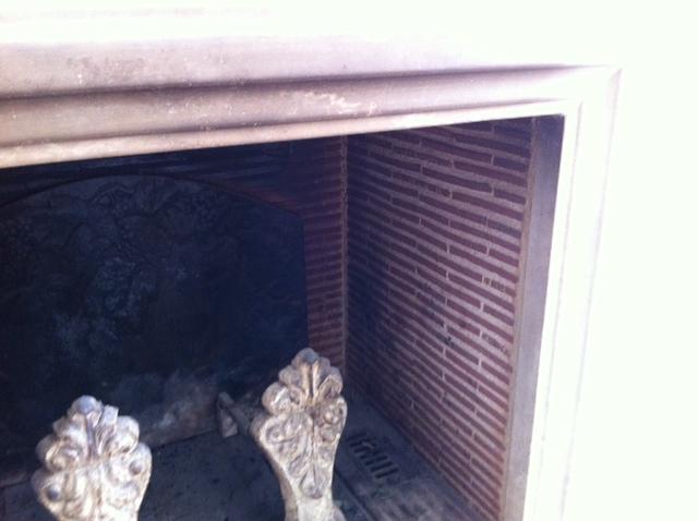 Mur de cheminée en béton ciré ou plaquette de briques Photo_10