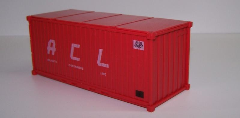Les wagons plats porte-container de 20 pieds de Lima. Contai11