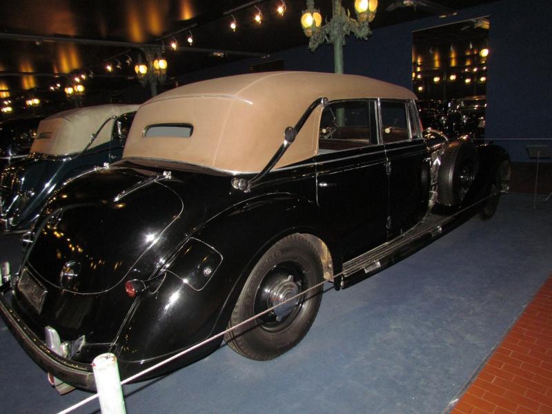 Les Mercedes des années 30/40 - Page 2 Mulhou49