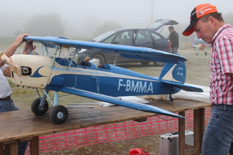 """Préparation des avions dans la brume de """"la secouette"""" Img_2816"""