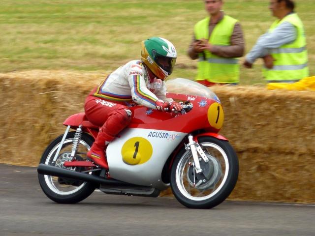 5 eme grand prix moto classic de VICHY P1600510