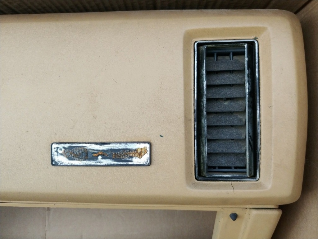1973 Chevelle Dash Emblem 20190123