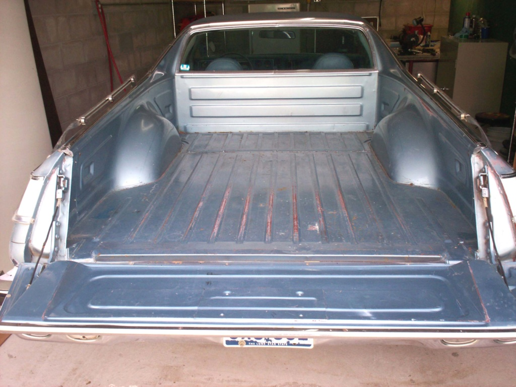My Old 1977 El Camino - Re-surfaced! Bed_210