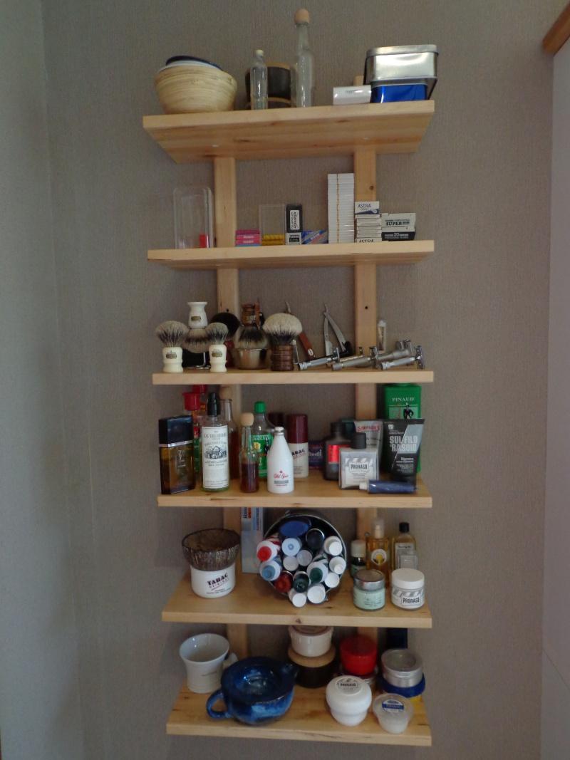 Photos de votre armoire spéciale rasage (ou de la partie réservée au rasage) Etagar14