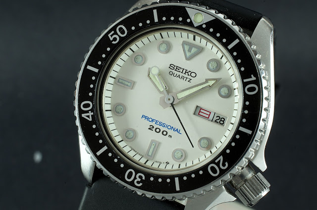 Seiko 6458 (midsize diver quartz) Seiko_14