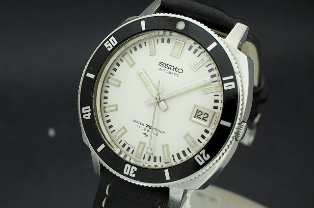 Seiko 6458 (midsize diver quartz) Seiko_18