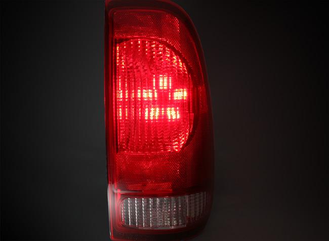 Conversion des feux arrière a des feux DEL Led-ca10