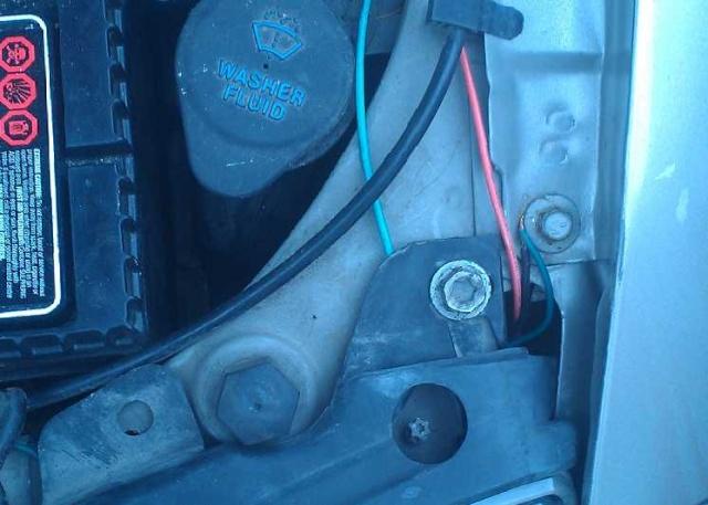 Pontiac Sunfire 2002 2.2L, troubles électriques, phares, essuie-glace etc. Anthon19