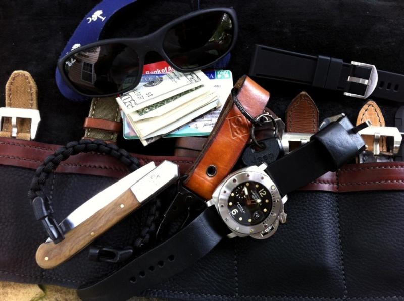 Le vide-poches, le retour... ou quoi dans les poches et au poignet... - Page 6 3acbeb10