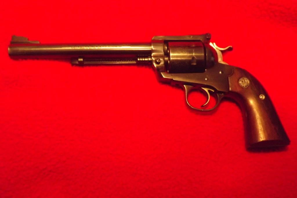 Help deciding pistol Dscf0819