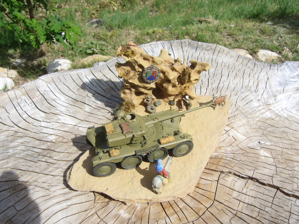 Panhard EBR 10 Hobby Boss 1/35 + figurines U-Models et Chota Sahib/Azimut et Master Box - Page 5 P1050272
