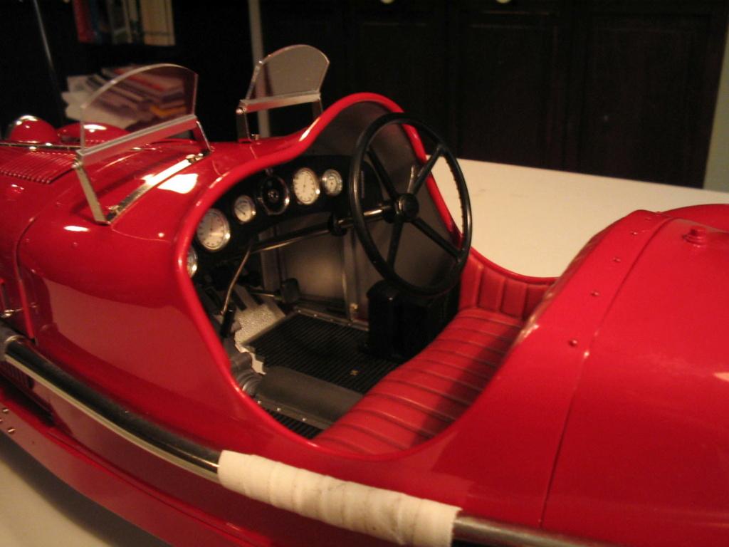 Pocher 1/8 Alfa Romeo 8C Img_0514