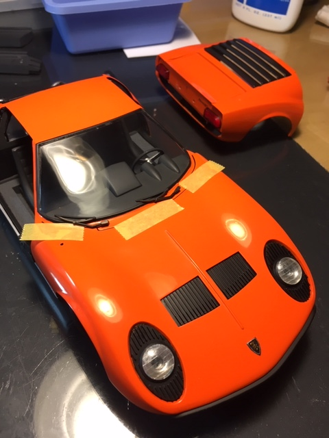 Lamborghini Miura 1/16 - Page 2 Img_3415