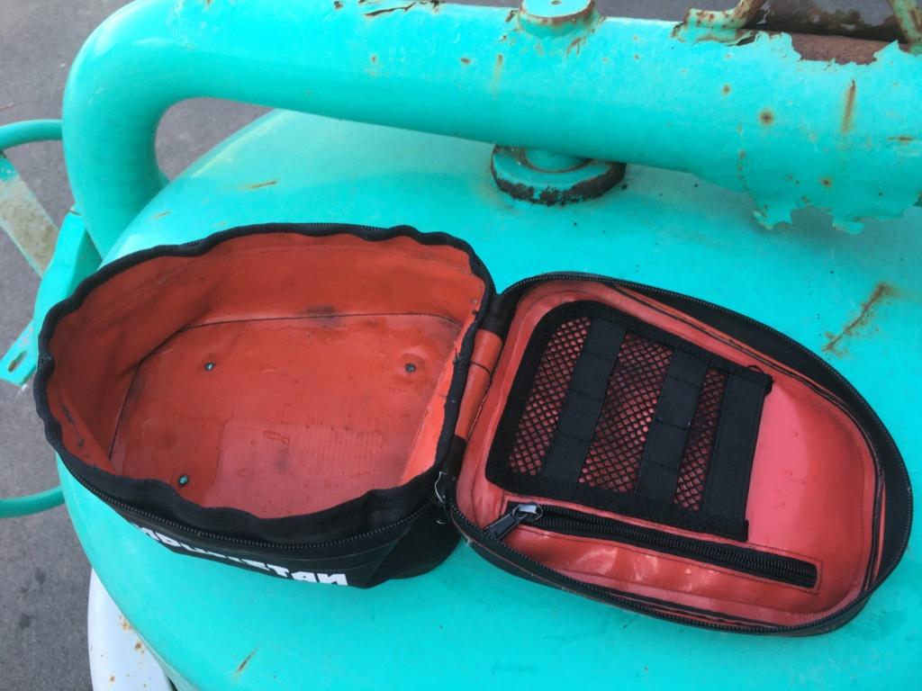 bagage souple + road book (vendu ) et sacoche à vendre Img_6613