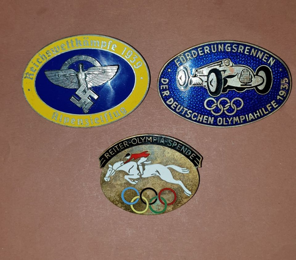 3 badges ALL 12008410