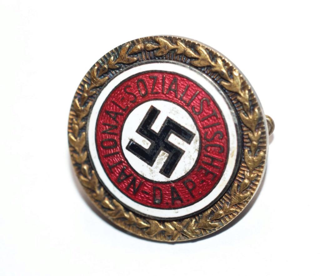 Avis sur ce petit badge du parti or Thumbn12