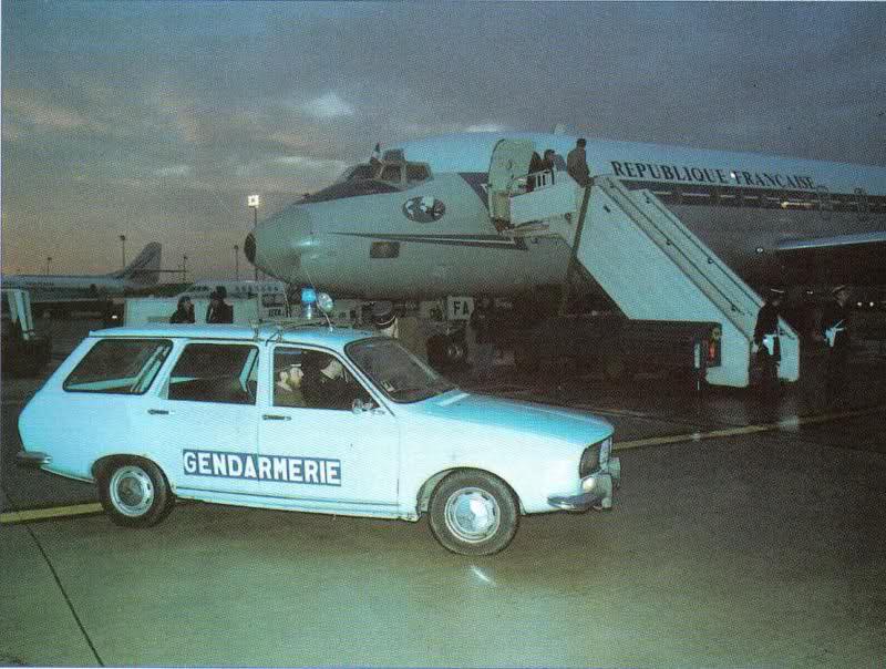 R12 Tôlé Type R2360 de 1977 (suite) Of6pzk10