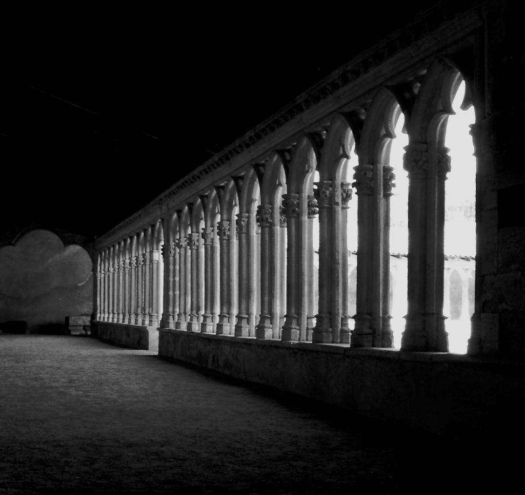 [Architecture et Graphisme] cloitre de l'abbaye Cloitr11