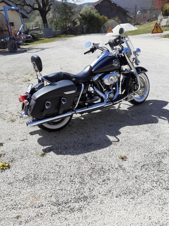 Road King uniquement, combien sur Passion-Harley  - Page 30 20210416