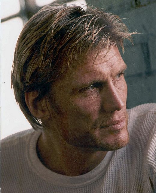 DOLPH LUNDGREN - Page 43 7a884110